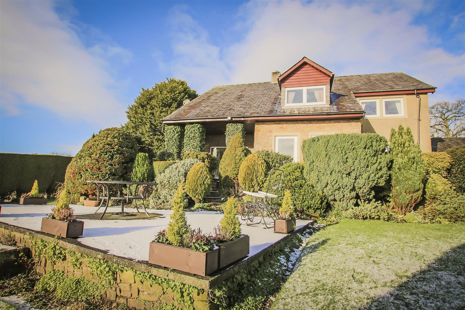 4 Bedroom Detached House For Sale - Image 10